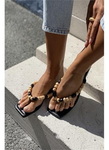 İnan Ayakkabı BONCUK AKSESUARLI TERLİK Siyah